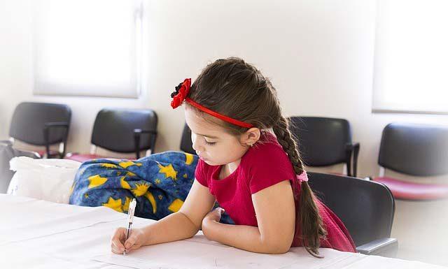 W co ubrać dziecko na rozpoczęcie roku szkolnego?