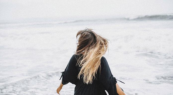 Przedłużanie i zagęszczanie włosów metodą Easihair Pro